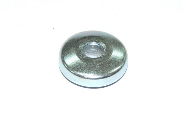 Cover of wheel bearing J550-ZINC